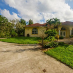 Large 3/2 CBS Single Family Home in West Palm